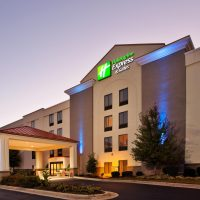 holiday-inn-express-and-suites-durham-2533256309-4x3